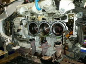 GL1800 Blown Head gaskets, Major Service, Brake and Clutch Fluid Change.